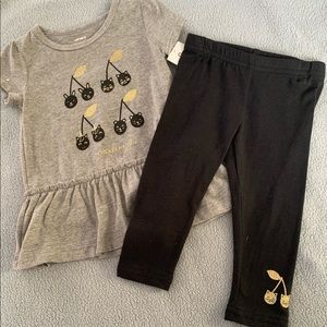 NWT Cute Set for Baby Girl. Carter's
